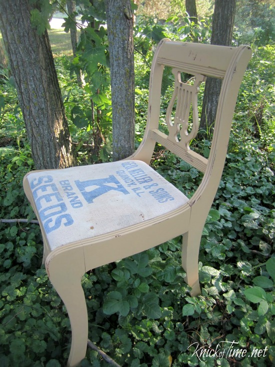 repurposed seed bag chair - KnickofTime.net