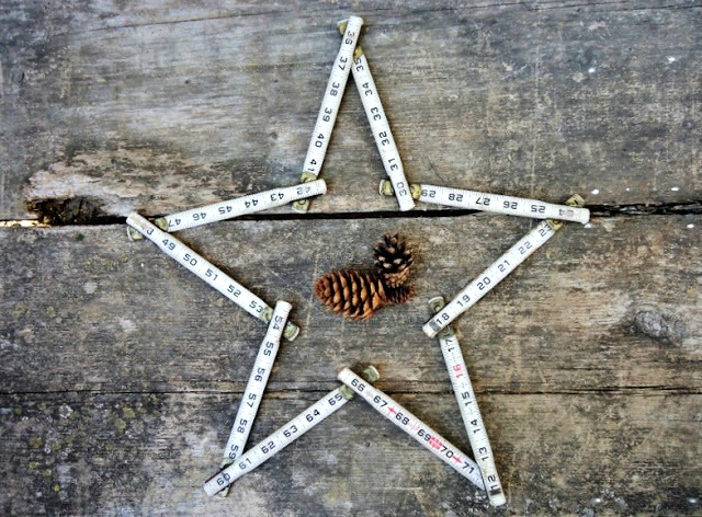 Repurposed Folding Tape Measure Star DIY Projects by Knick of Time
