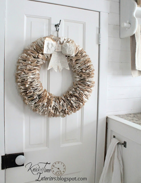 Book page wreath | knickoftime.net