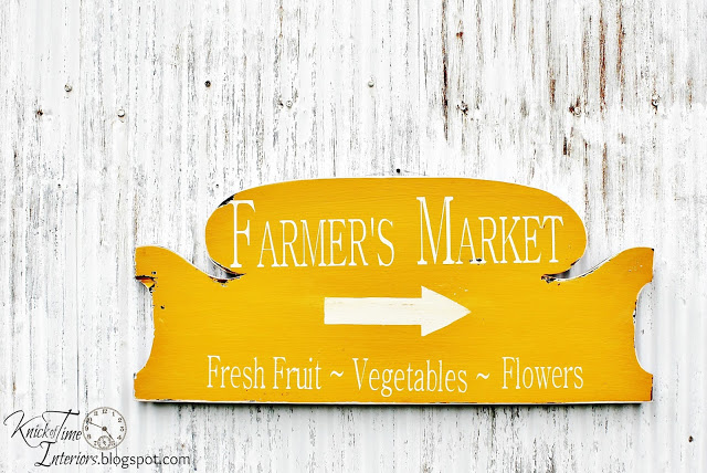 Farmer's Market Sign made out of an old headboard - www.knickoftime.net