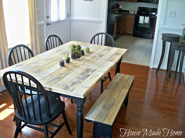 make a pallet wood farmhouse table