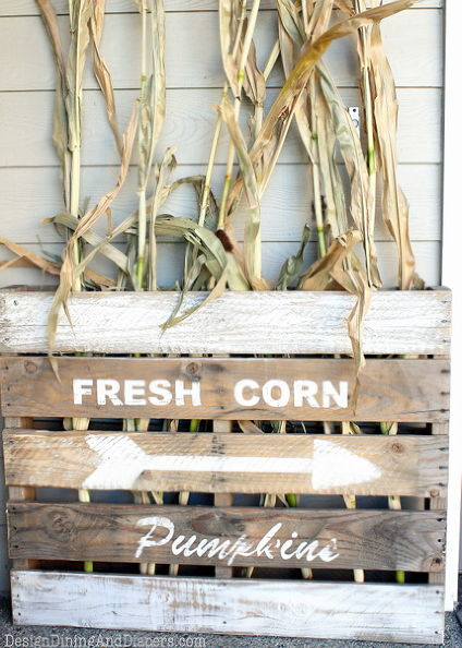 DIY pallet wood autumn sign