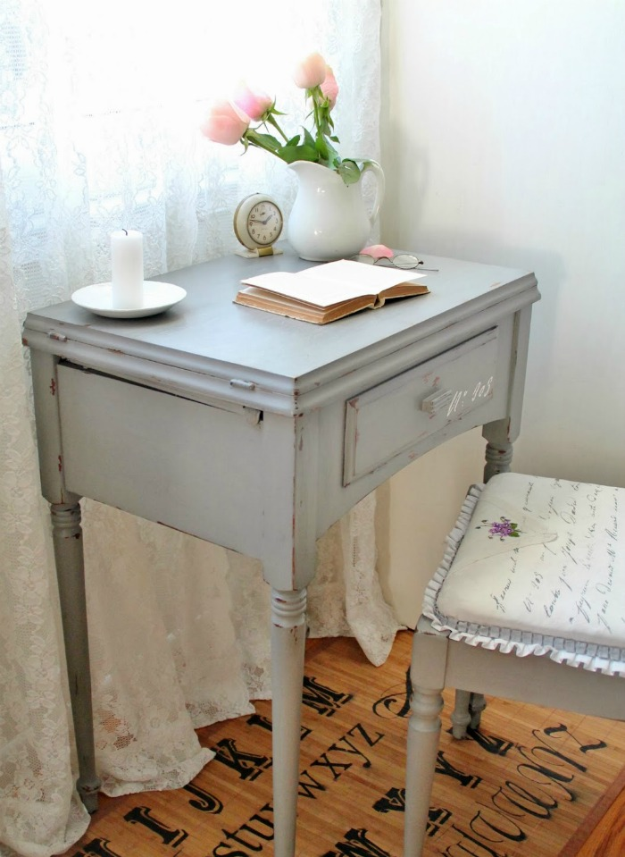French Script Desk Makeover with Chalk Paint