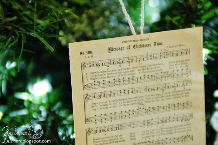 antique Christmas music page printables for Christmas tree ornaments - KnickofTime.net by Knick of Time | knickoftime.net
