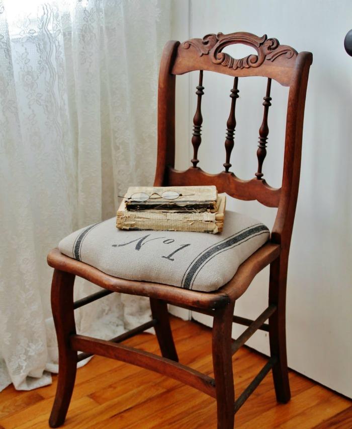 Grain Sack Chair | knickoftime.net