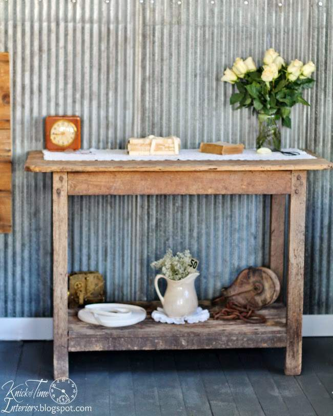 Corrugated Metal Walls in a Farmhouse Guest Room | www.knickoftime.net