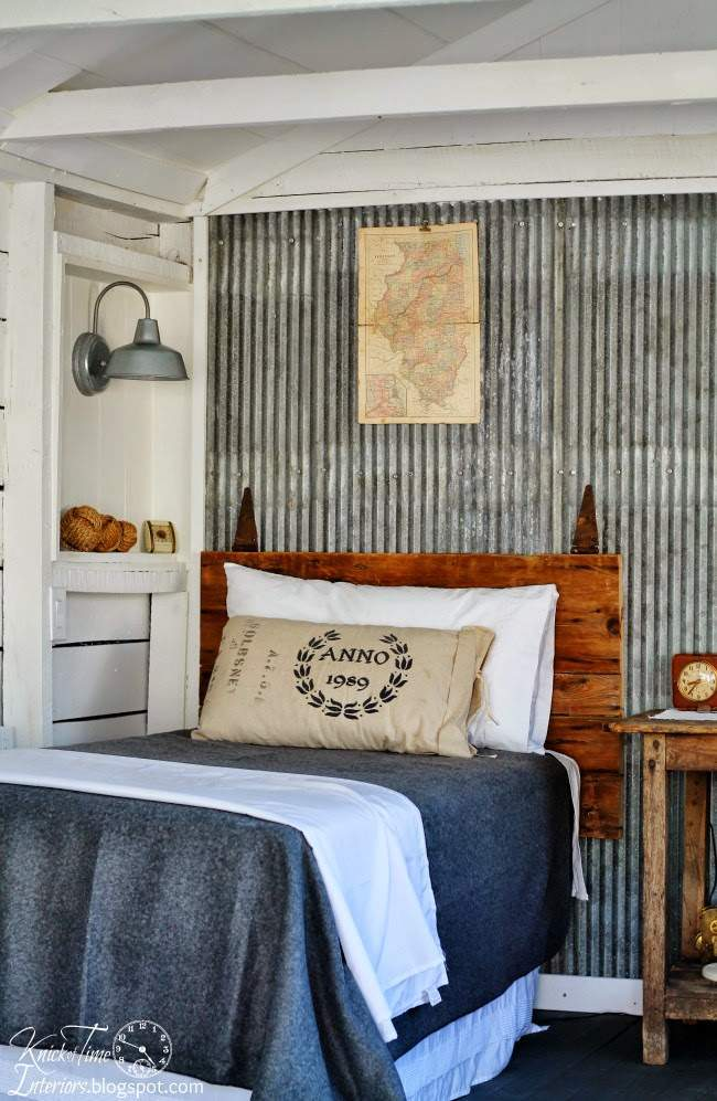 Barn Door Headboard in a Farmhouse Guest Room | www.knickoftime.net