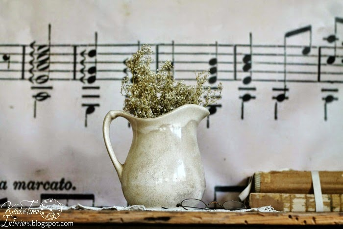 Ironstone Pitcher with DIY Photography Backdrops via Knick of Time @ knickoftimeinteriors.blogspot.com