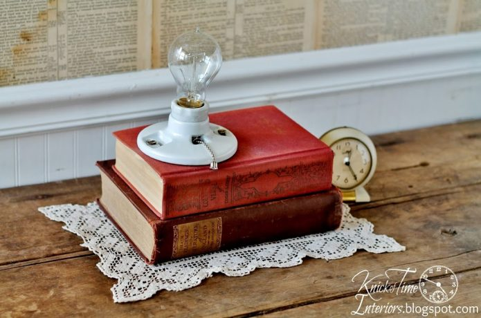 Repurposed Books Into Book Light | knickoftime.net