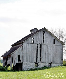Old Barn Photograph via Knick of Time