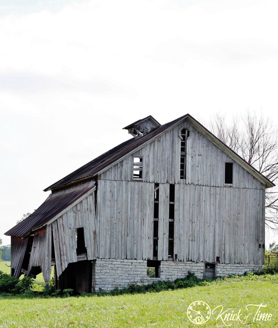 Antique Barn Photograph via Knick of Time