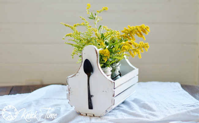 Cottage White Wooden Tote