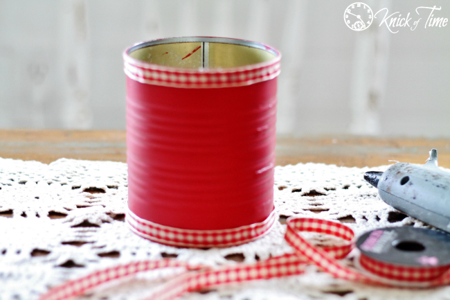 Christmas tin can