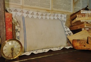 Using the Remnants – Antique Grainsack Pillow