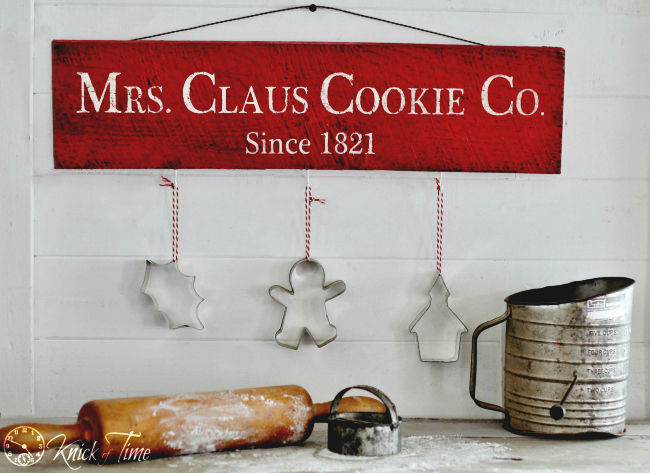 DIY Rustic Christmas Sign Tutorial | www.knickoftime.net