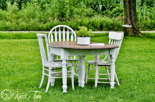 Farmhouse Table- www.knickoftime.net