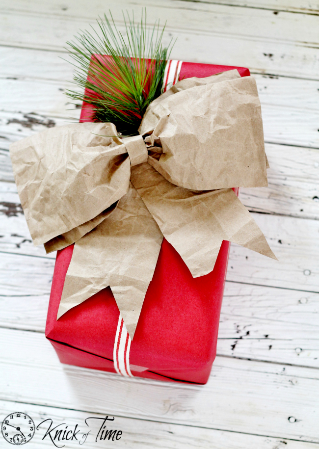 brown paper package Chritmas bow