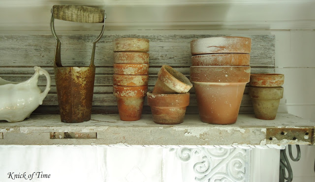 kitchen shelf garden display