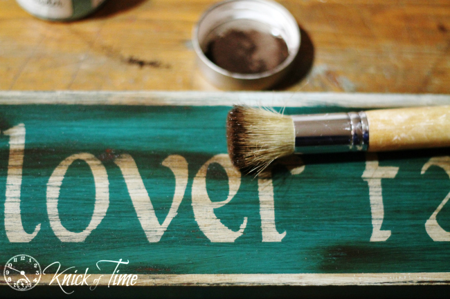 make an antique style sign