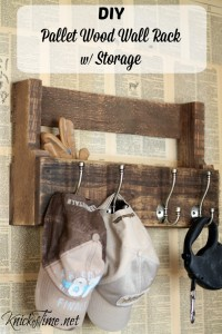 Pallet Wood Wall Rack for Coats, Hats and Storage