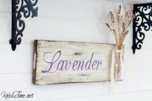 DIY Lavender sign