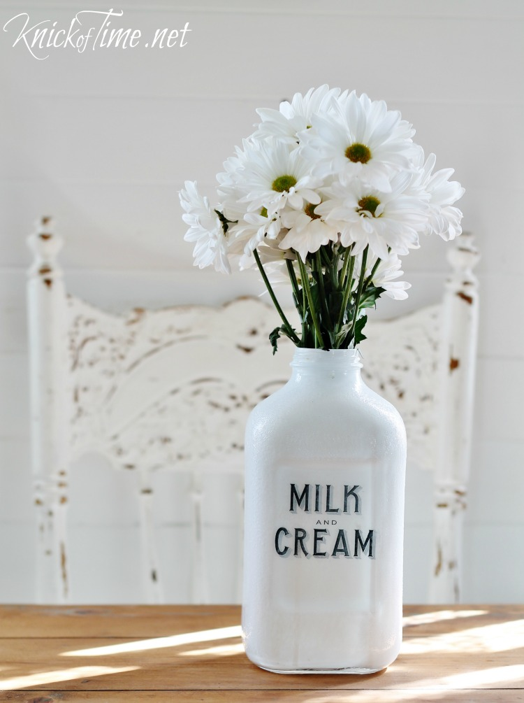 DIY painted milk bottle with Milk and Cream Co. graphic - tutorial at KnickofTime.net