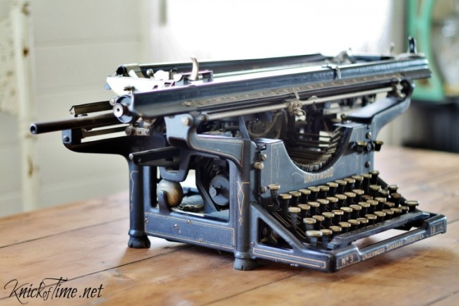 Underwood Standard vintage typewriter