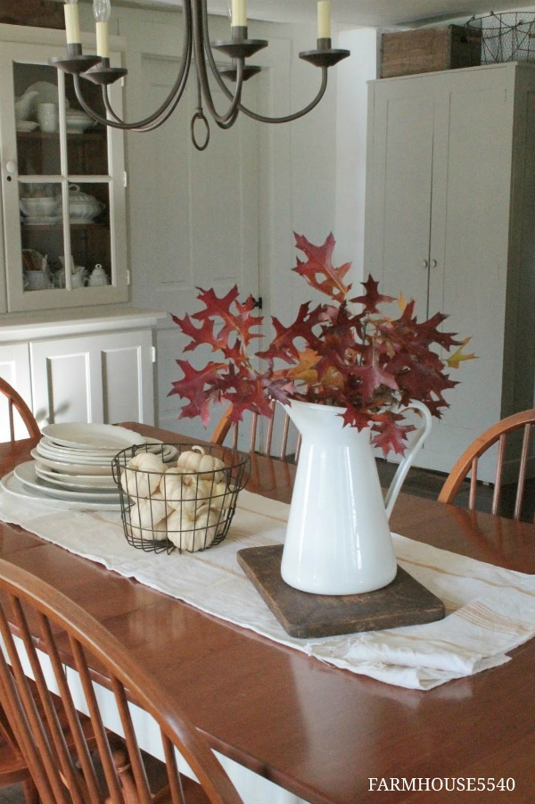 farmhouse autumn decor