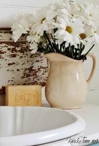 Farmhouse Bathroom Vanity Reveal