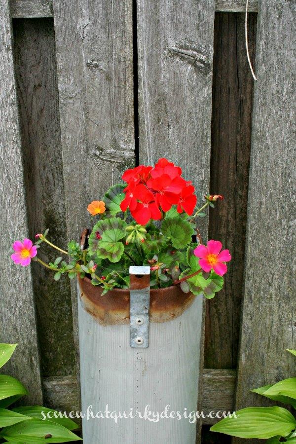Mailbox flower planter