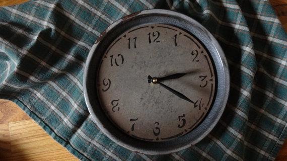 pie pan wall clock