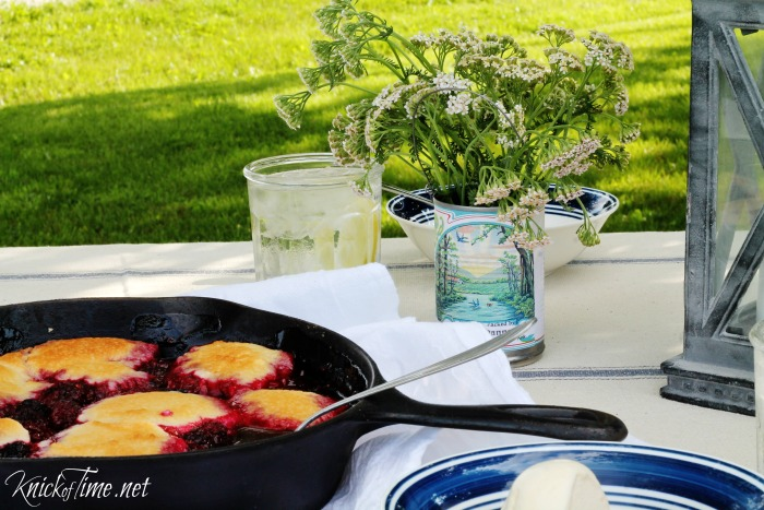 summer dessert cobbler - outdoor spaces welcome home tour - KnickofTime.net