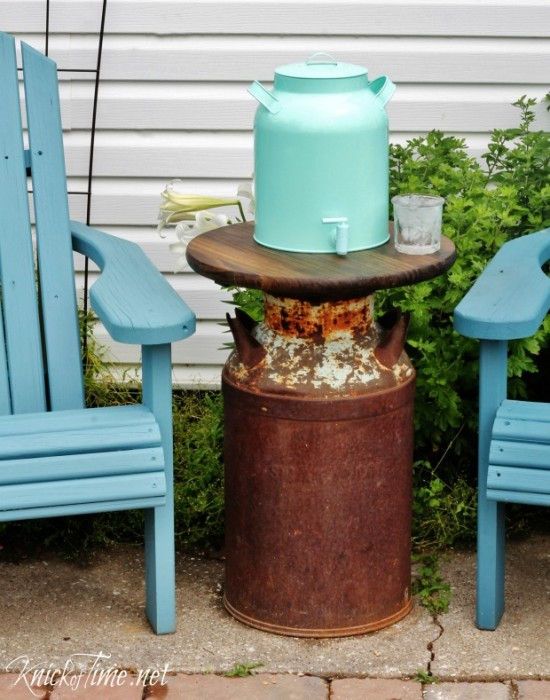 How to make a farmhouse milk can patio table knick of time for Repurposed milk cans