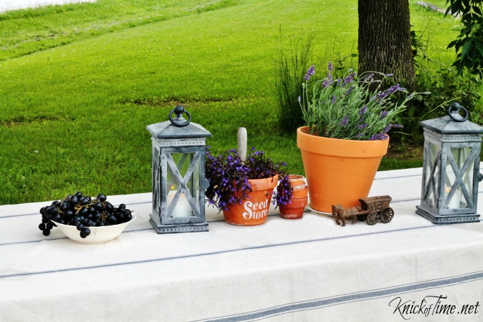 summer tablescape - Outdoor Spaces Summer Welcome Home Tour - KnickofTime.net