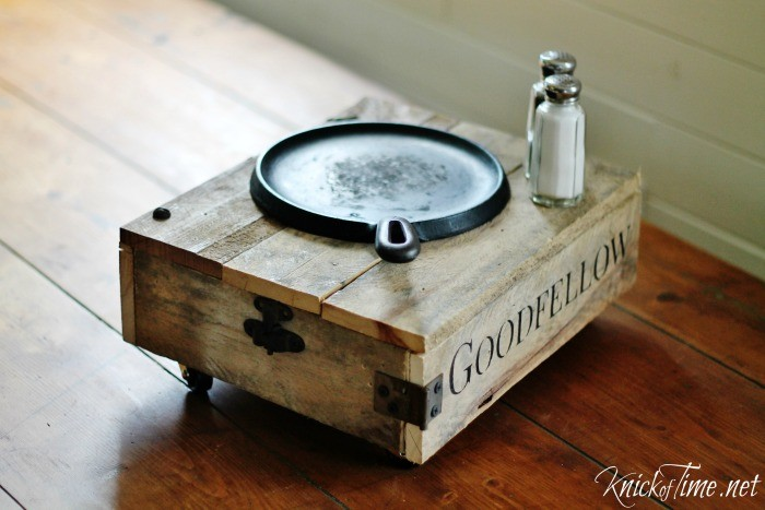 Tabletop Industrial Cart | www.knickoftime.net