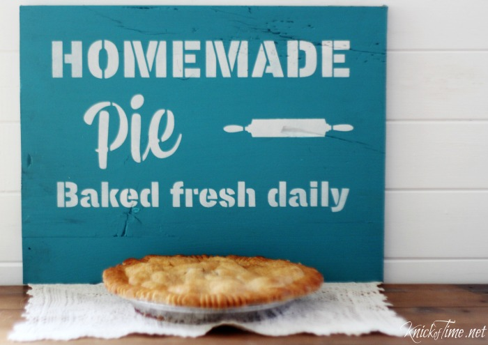 fresh pie sign