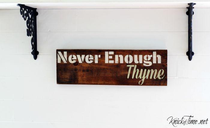 kitchen herbs thyme sign