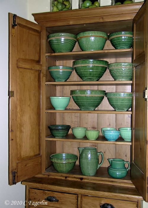 pottery mixing bowls