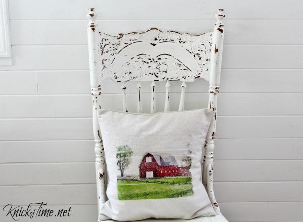 DIY Pillow with free watercolor barn image - Free printable and tutorial at KnickofTime.net