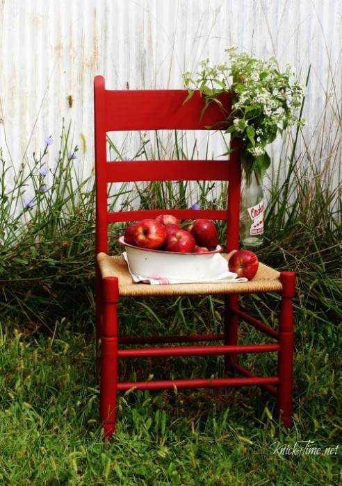 apple red chair - KnickofTime.net