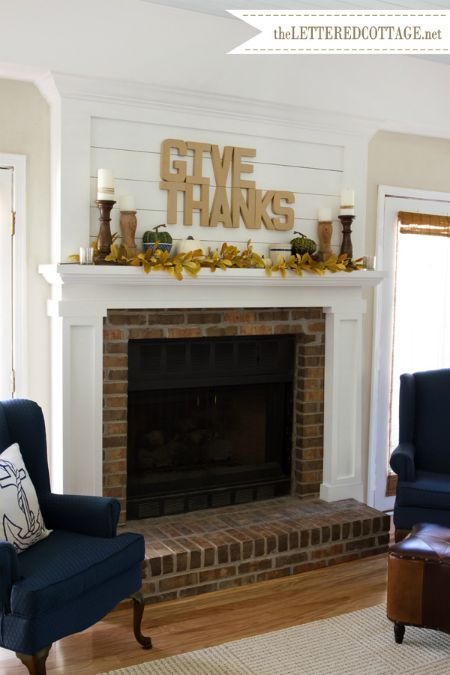 give thanks sign fall decor roundup - KnickofTime.net