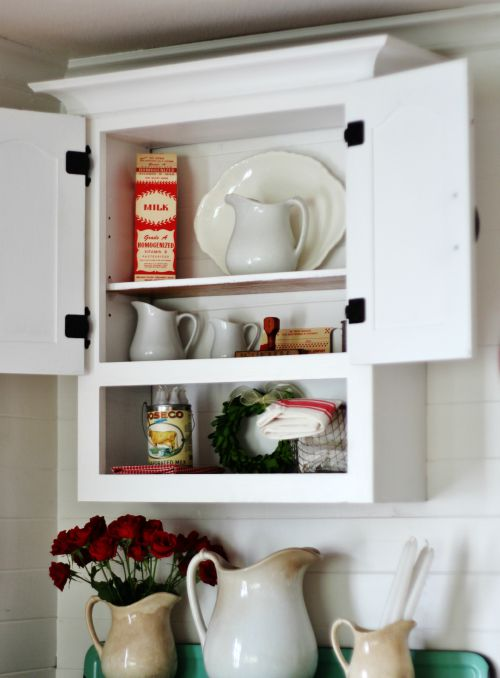 white farmhouse cabinet - KnickofTime.net