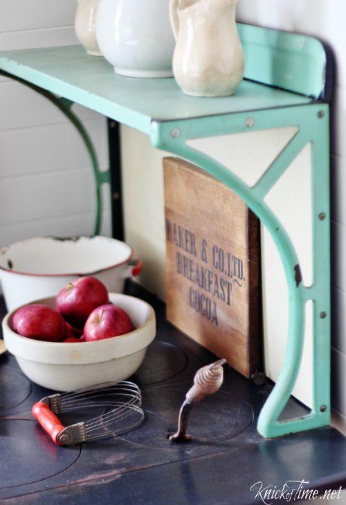 antique kitchen stove - KnickofTime.net