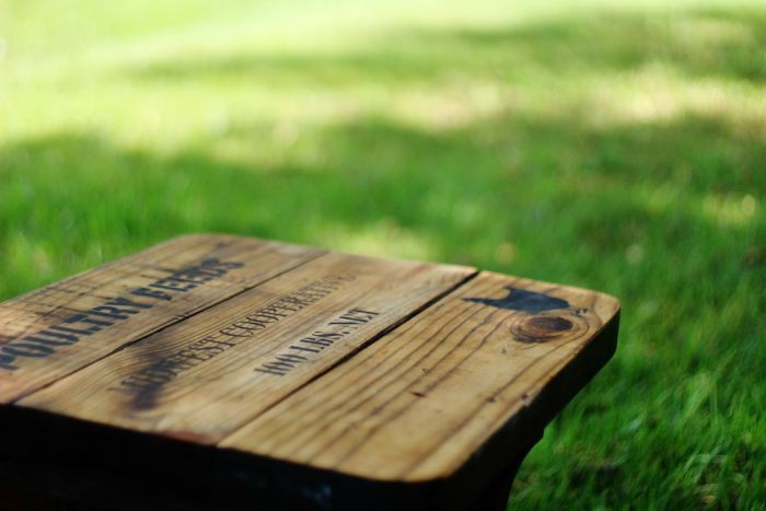 farmhouse rustic bench via KnickofTime.net