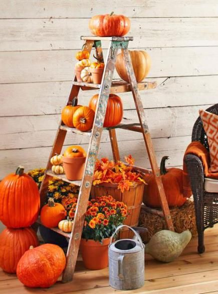 repurposed ladder autumn porch display via KnickofTime.net