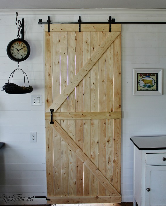 DIY Barn Door   KnickofTime.net