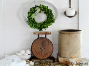 Farmhouse Friday – Primitive Decor
