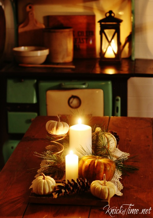 Rustic Fall Table Centerpiece - KnickofTime.net
