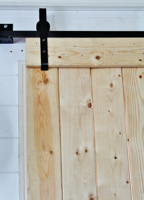 DIY Barn Door Hardware - KnickofTime.net