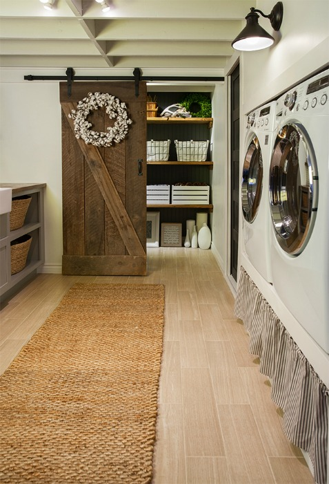 Farmhouse Laundry Room Rustic Farmhouse Laundry Room